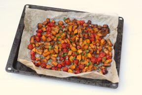 Ovenpompoen met tomaatjes