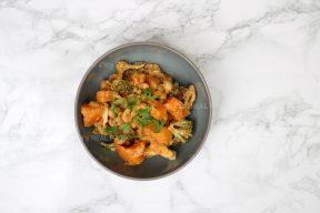 Pompoencurry met broccoli en cashewnoten