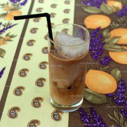 IJskoffie met oranjebloesemwater