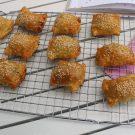 Saucijzenbroodjes met appel uit Wat lunchen we vandaag