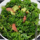 Boerenkoolsalade met knapperige kikkererwten
