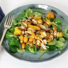 Salade van gele biet en bonen met tahin-limoendressing