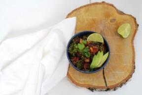 Vegan slowcooker chili met boerenkool
